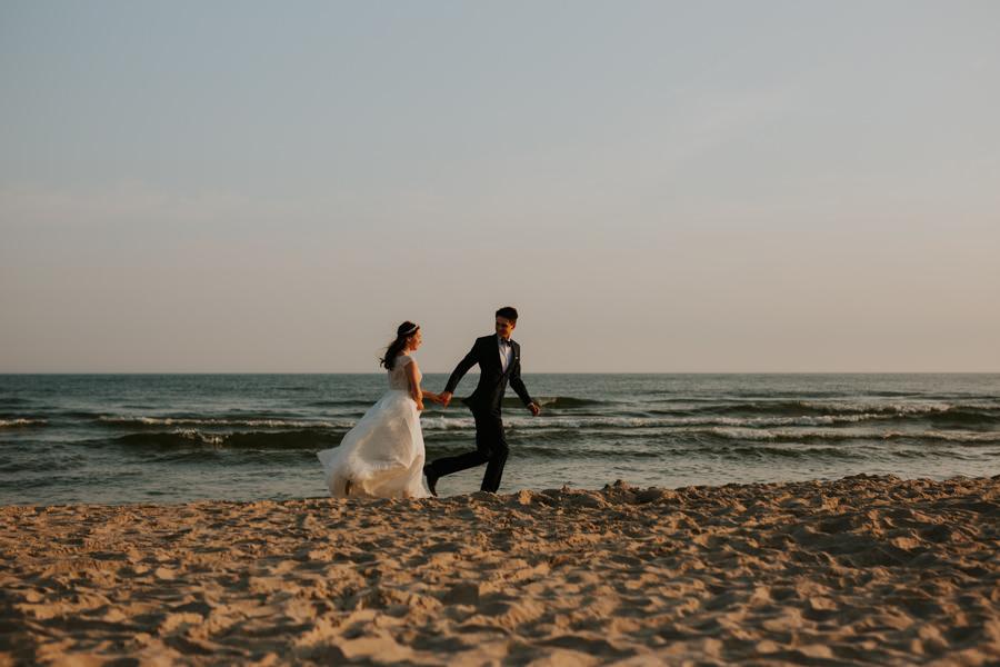 Plener ślubny morze