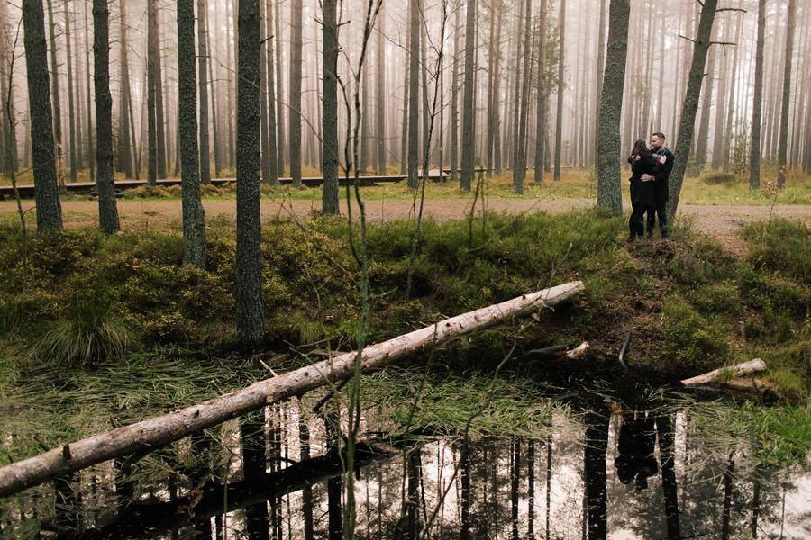 sesja randkowa w lesie