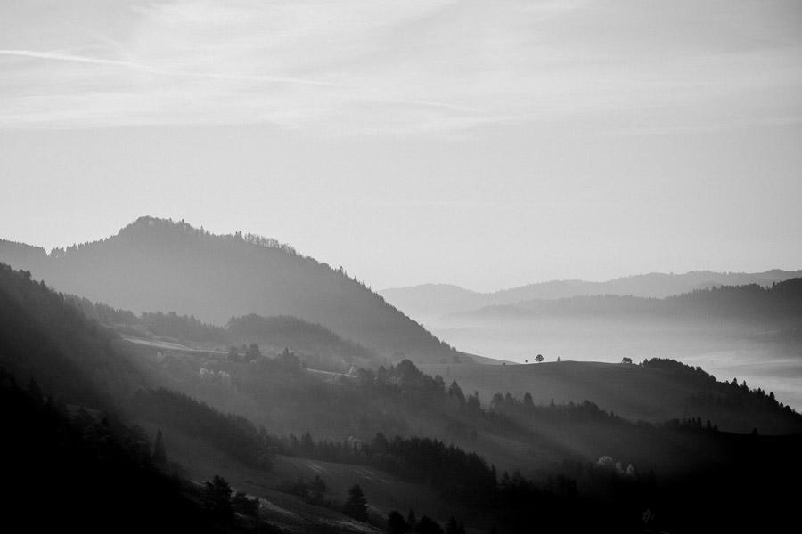 krajobraz, wschód słońca w Pieninach, mgły w Pieninach