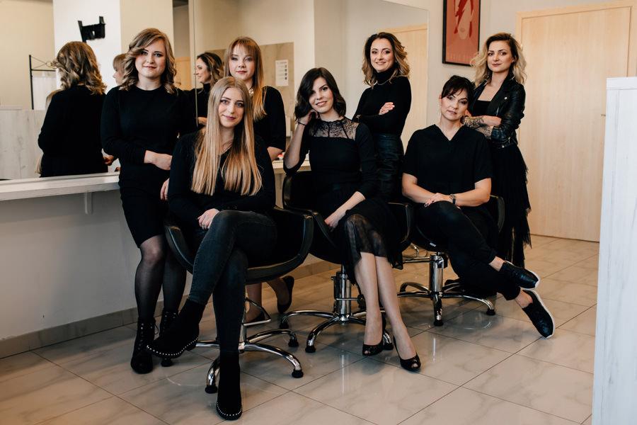 fotografia wizerunkowa pracowników, zdjęcia wizerunkowe, portrety biznesowe pracowników